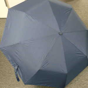 NWT Dooney & Bourke Navy DB Logo Umbrella